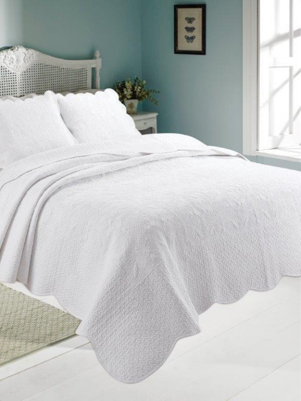 Antique White Quilted Coverlet Coverlets Amp Bedspreads